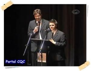 Danilo Gentili e Oscar Filho no prêmio APCA