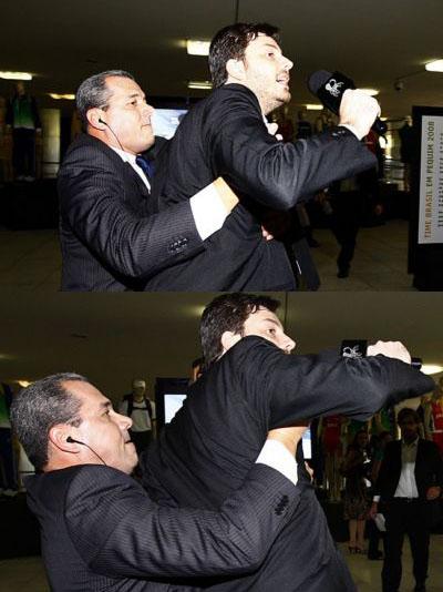Danilo Gentili agredito por Segurança do Sarney