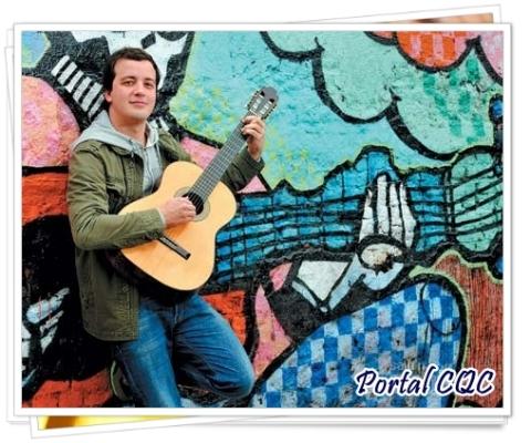 Rafael Cortez na revista Contigo